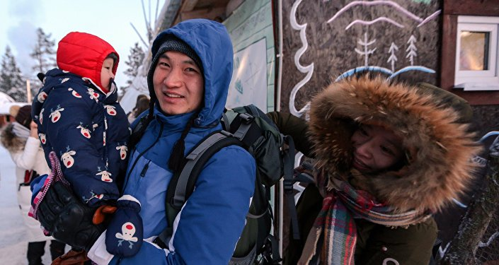 中国旅客在萨米民族村