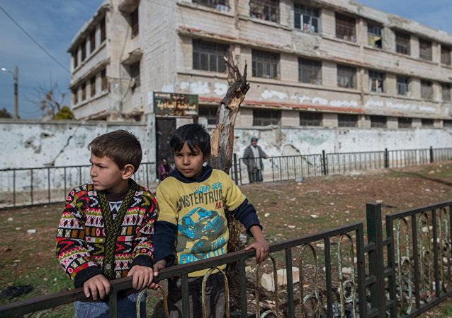 叙霍姆斯冲突降级区7日以来共撤出9368名武装分子及其家人