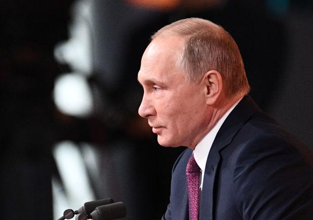普京:需要进行系统性的反恐工作 巩固俄边境