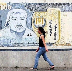 二連浩特口岸已實現調運蒙古國圖格里克現鈔入境