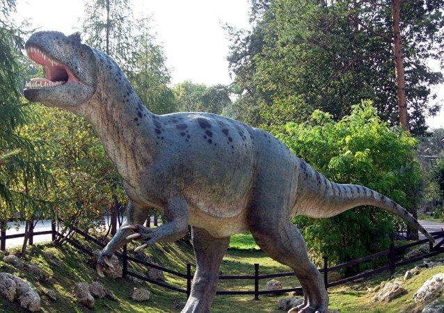 媒體:一億多年前恐龍足跡化石遭破壞