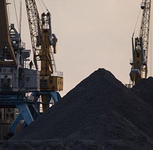纳霍德卡港煤炭运输量下降50%