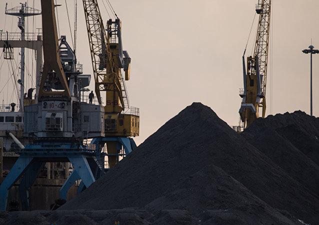 俄国家杜马称朝鲜经俄向日韩运煤系谣言