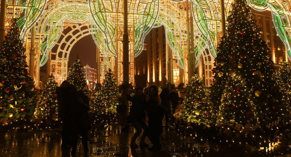 俄罗斯人不急于预定新年旅行 需求下降30%