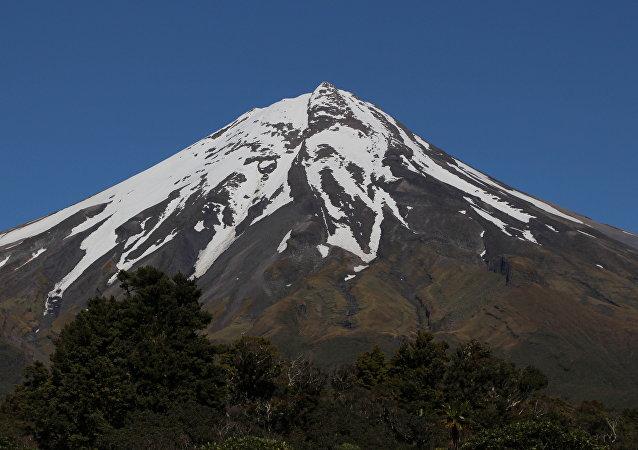 新西兰火山获得人权
