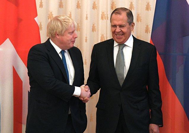 英国外相:英俄应在多个问题上展开合作