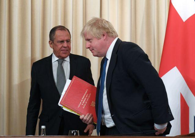 俄外交部发言人:约翰逊大臣率领的英国代表团很萌