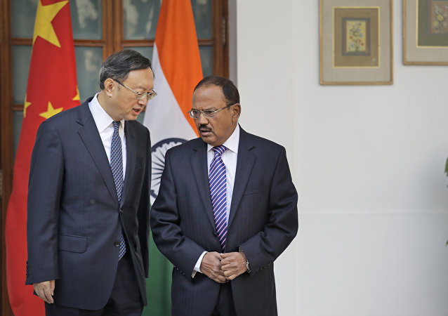 中印打算2018年和平保证各自利益间的平衡