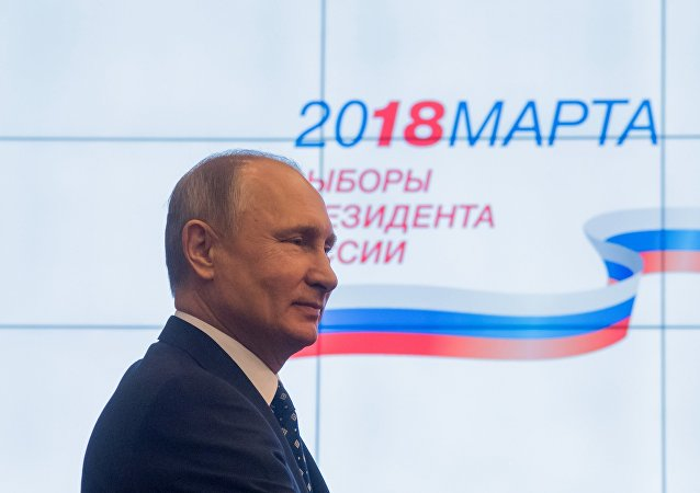 民调:2月初普京的选举支持率升至71%