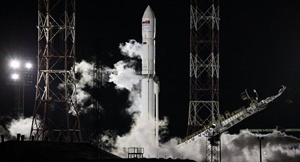 """俄消息人士:安哥拉""""AngoSat-1""""卫星或被宣布失效"""