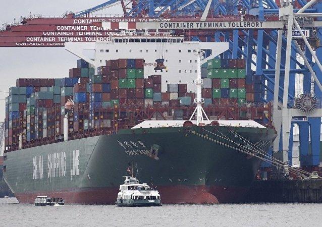 中国欲成全球第一海运大国