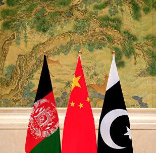 中国独立帮助巴基斯坦和阿富汗加强互信