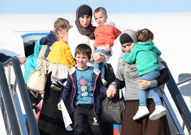 约40名妇女儿童从伊拉克返回达吉斯坦