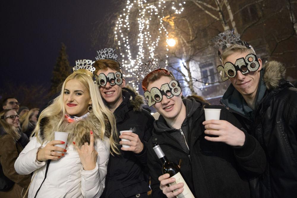 斯洛文尼亞人在新年慶祝活動中。