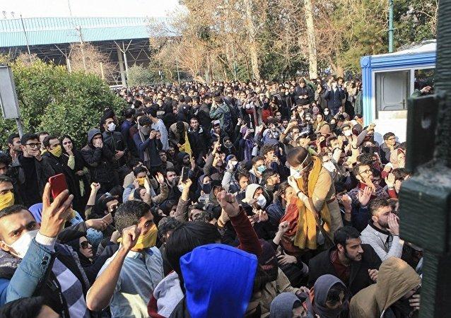 媒體:伊朗安全委員會稱抗議活動為反對國家的「代理人戰爭」