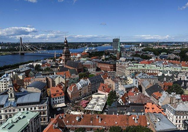 天上的怪圈惊到拉脱维亚居民