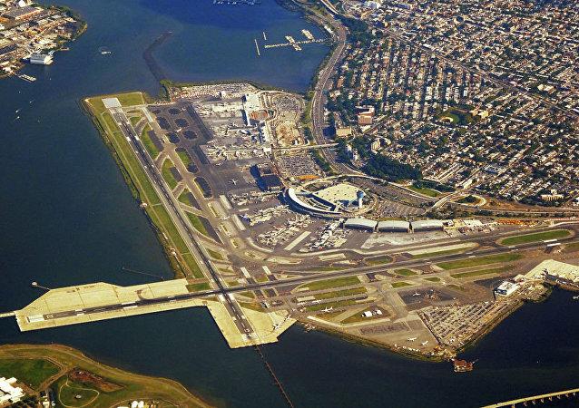 紐約拉瓜迪亞機場