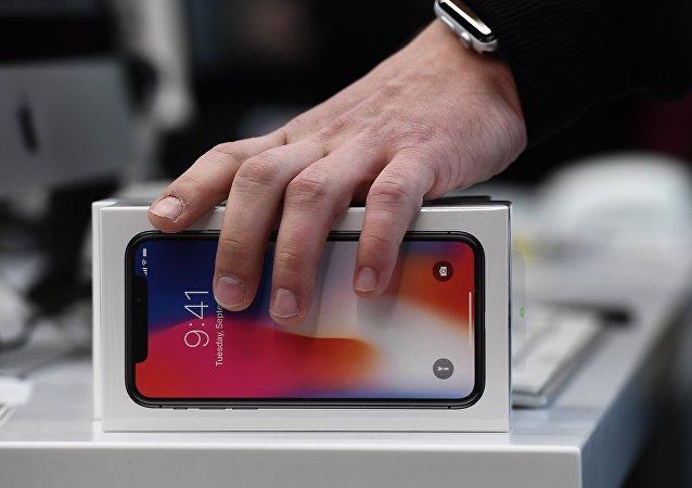 新款iPhone模型谍照流出