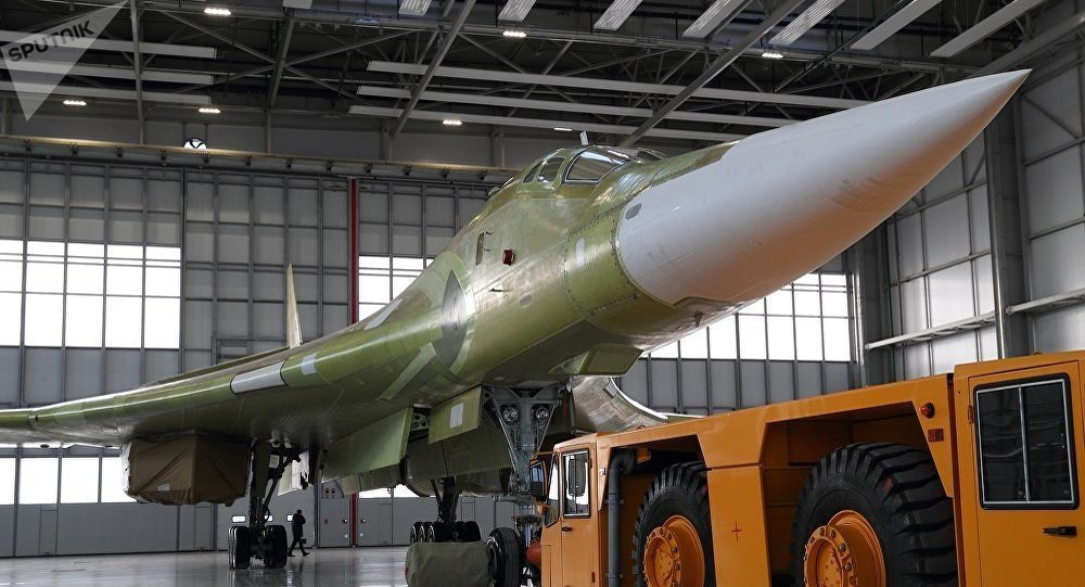 俄首架现代化图-160M轰炸机开始接受地面和飞行测试