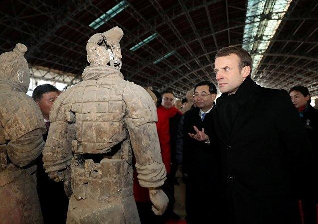 法国总统马克龙访华