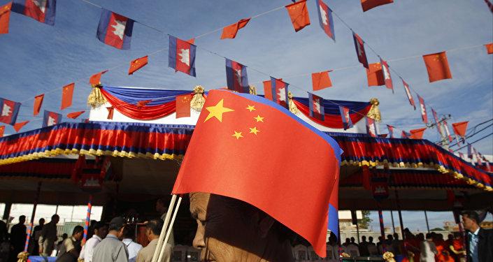 中国帮助大选年的柬埔寨
