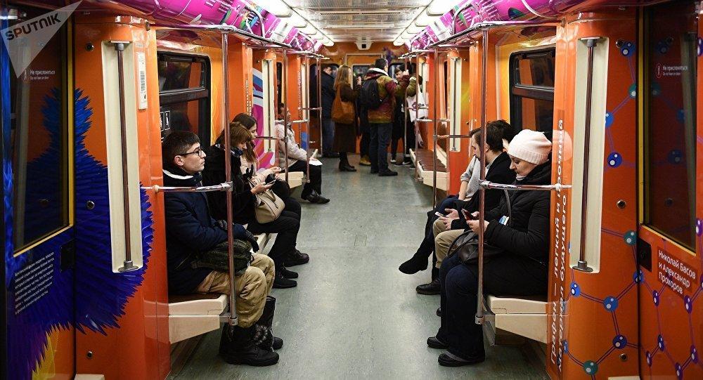 「莫斯科地鐵」APP世界杯版塊將支持中文