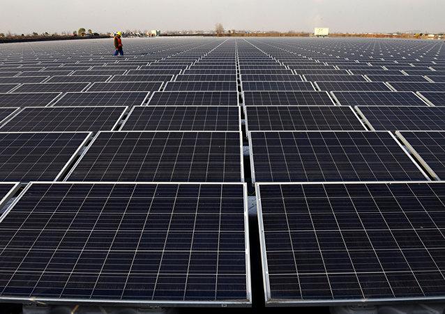 大型太阳能光板