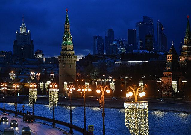 """普京:欧亚经济联盟与中国""""一带一路""""倡议可有效互补"""