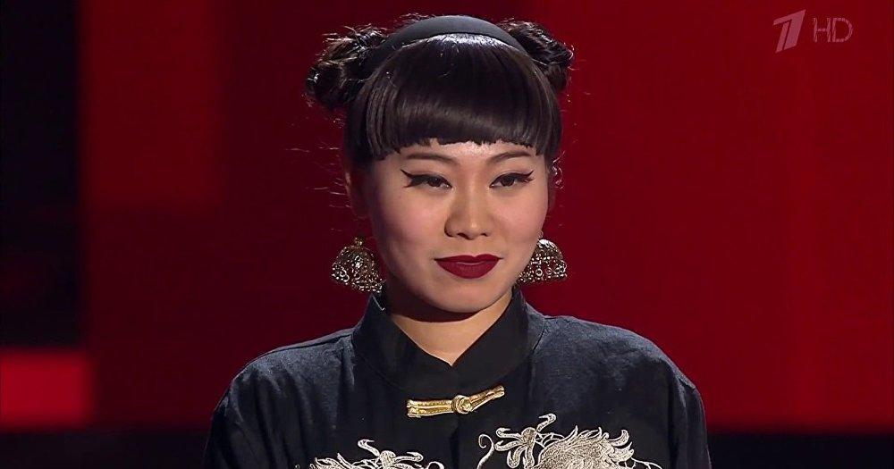 """杨歌参加""""好声音""""歌曲大赛"""