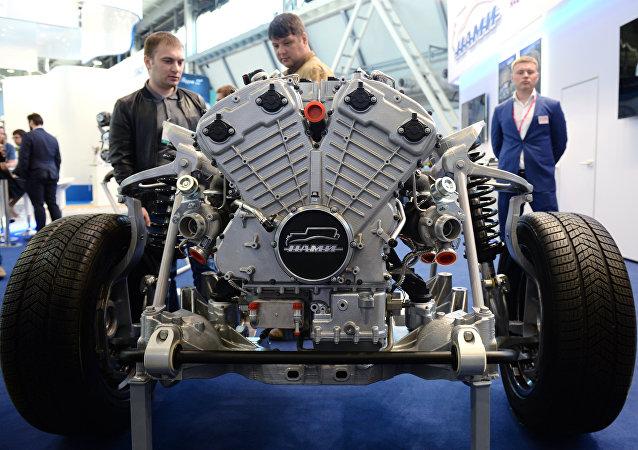 """俄拟将""""车队""""项目汽车发动机改为航空发动机"""