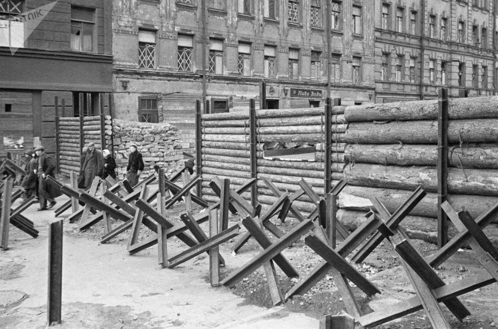 列宁格勒反坦克拒马和反坦克街垒