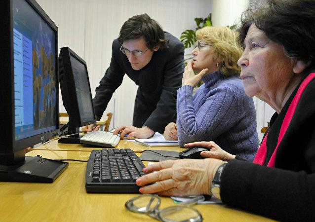 俄议员:俄罗斯在为公民提供互联网便利使用方面处于世界领先
