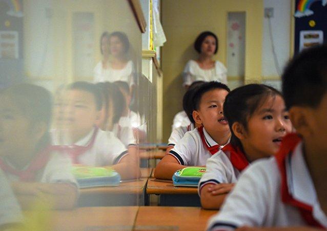 8歲「冰花男孩」走紅中國