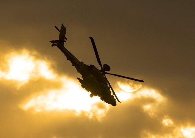 美军一架AH-64直升机