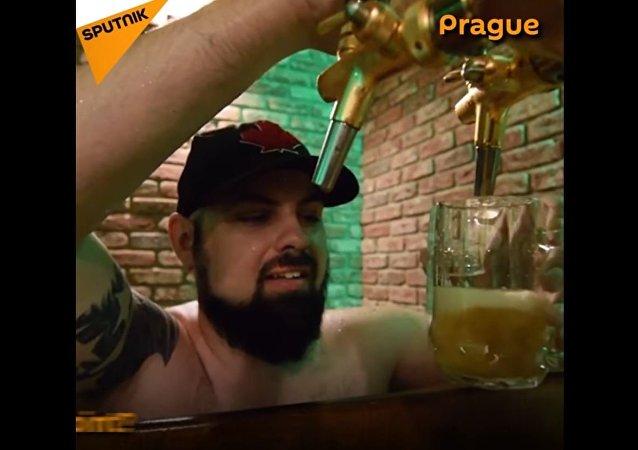 不一样的享受:捷克啤酒浴