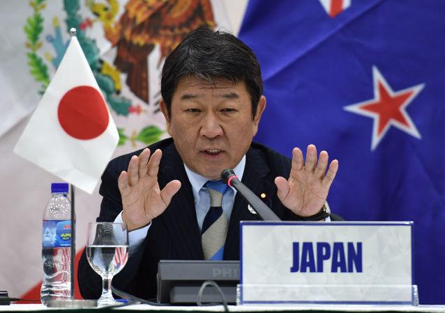 日本经济再生大臣茂木敏充