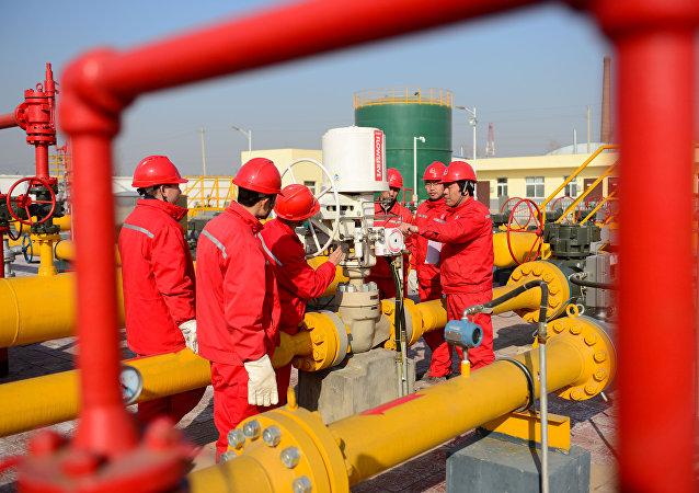 中国石化新增天然气探明储量约921亿立方米