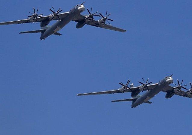 俄圖-95轟炸機
