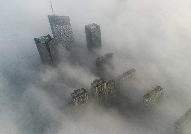 学者们注意到大气二氧化碳月均浓度之高创下纪录