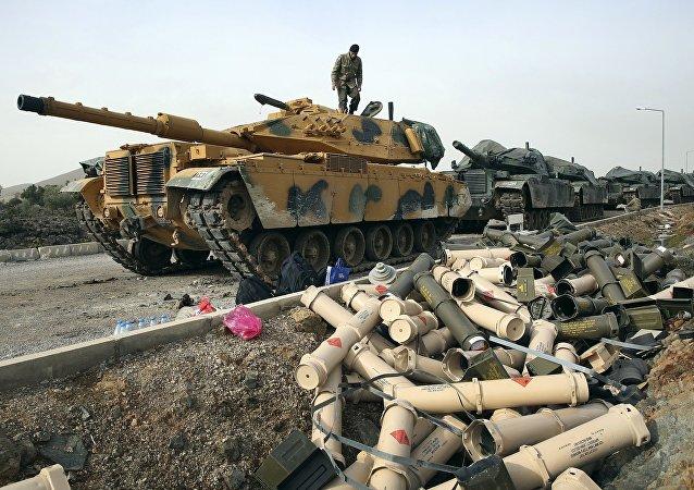 土耳其军队在土叙边境地区