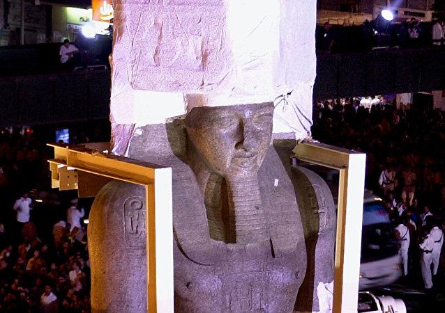 拉美西斯二世巨像