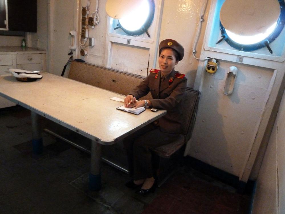 """""""普韦布洛""""号却留在了朝鲜,现在在平壤供游客参观。"""