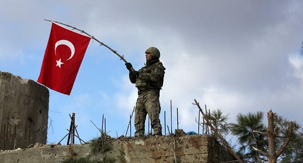 """土耳其大学生受""""橄榄枝行动""""启发开发手机游戏"""