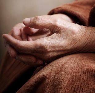 一名老人不相信自己已經98歲高齡