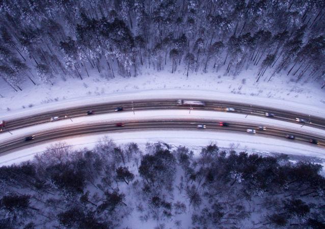 """""""欧洲-中国西部""""交通走廊俄境内首条全私人投资公路设计造价降低两成"""