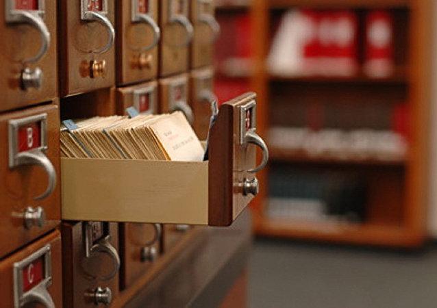 一位澳大利亞人偶然購買到藏有政府秘密文件的衣櫃