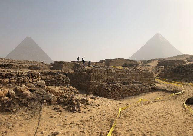 埃及发现一座古墓 死者生前曾是一名高官