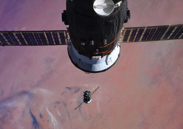 俄前景研究基金会:俄定于2022年进行可重复使用的返回式航天火箭试验
