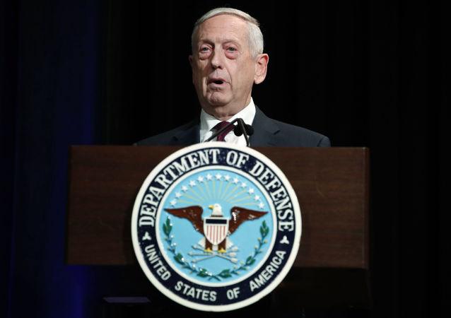 美防长支持扩大与俄军方接触