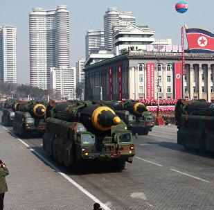 """""""致华盛顿的信"""":冬奥会前朝鲜想借阅兵说些什么"""